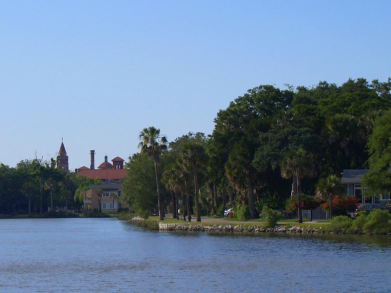 Maria Sanchez Lake for Sunday, September 25